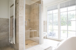 Echtglas-Dusche